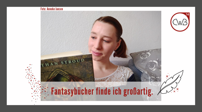 Anneke mit ihrem Lieblingsbuch